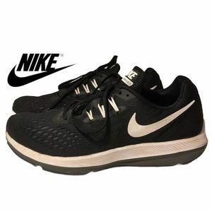 Nike-  Air Zoom Winflo 4